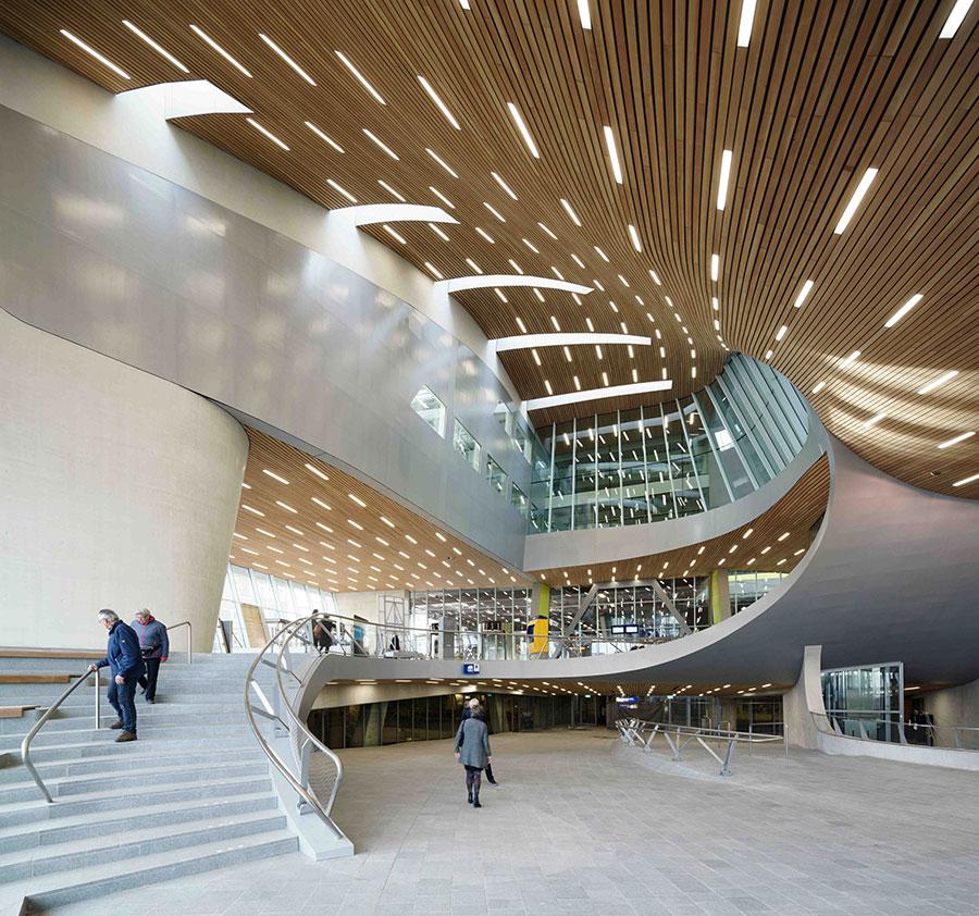Moderna arhitektura - Page 2 Arnhem_stanica2