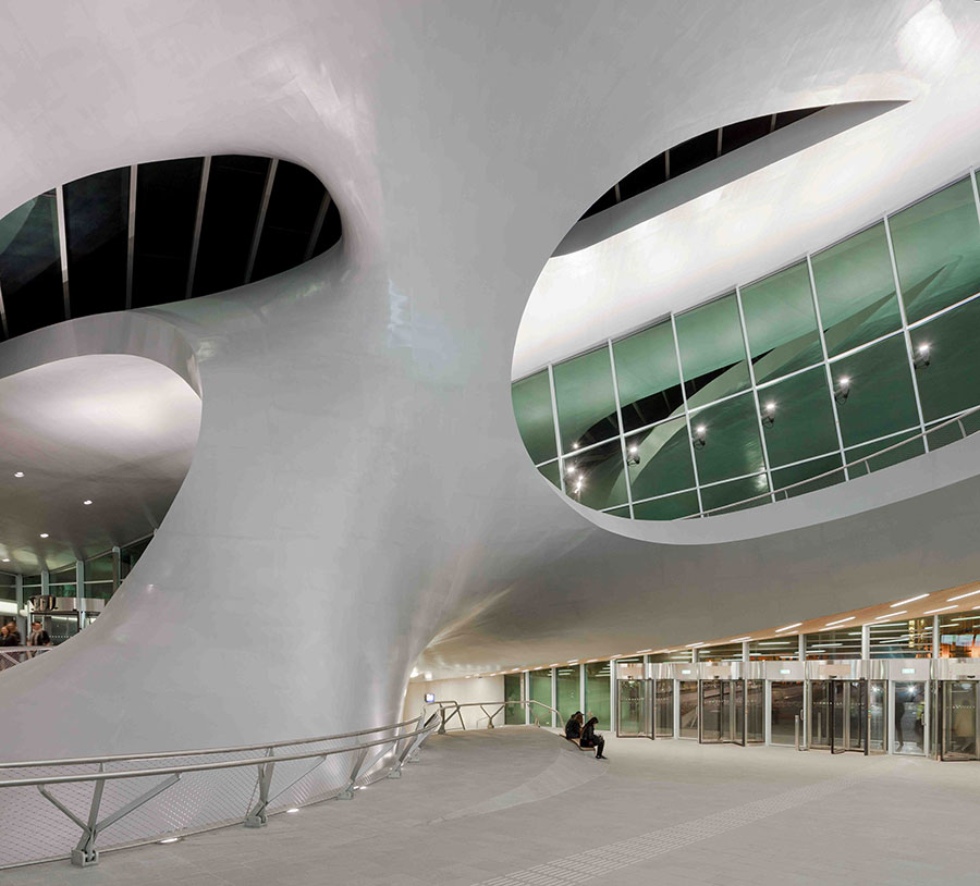 Moderna arhitektura - Page 2 Arnhem_stanica4